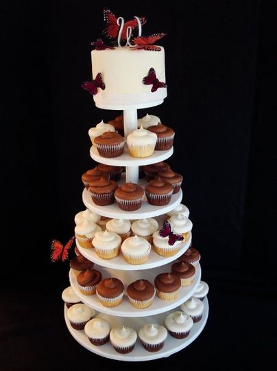 800x800 1294682280927 weddingcupcakes