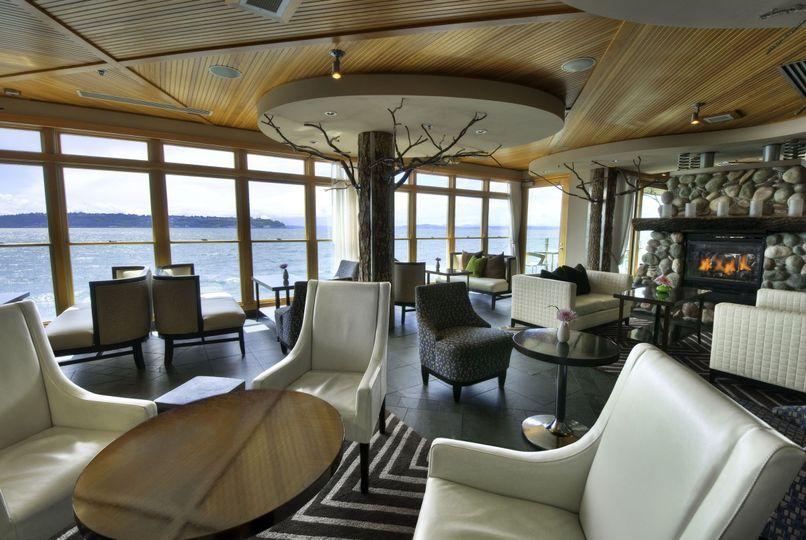 6/7 Lounge