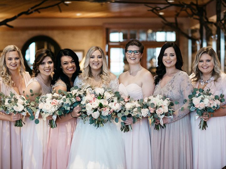 Tmx Bridesmaids In Lobby Saskia Potter 51 107676 160986689759943 Seattle, WA wedding venue