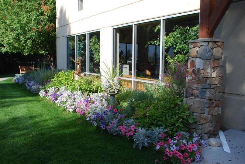Alpine Art Center gardens