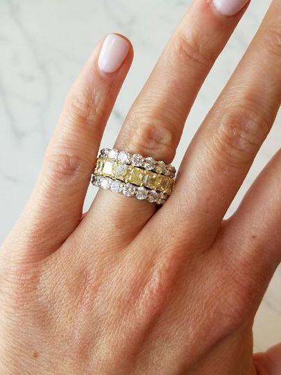 Tritone ring