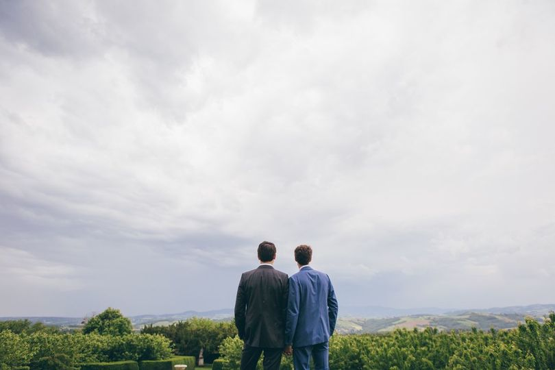 grooms in the beaujolais