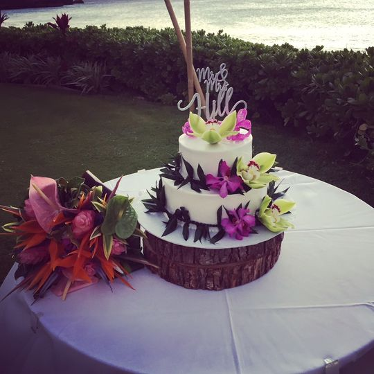 Two tier wedding cake with flowers