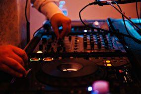 Destin Low Cost DJs