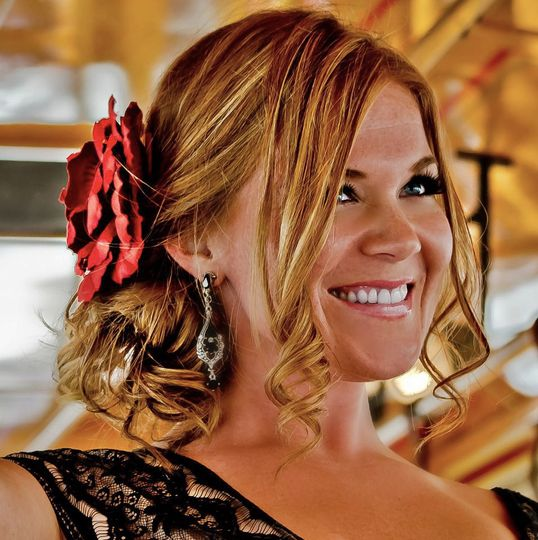Powerhouse vocalist Ashley Smith has consistently been one of the Sultans' most requested singers...