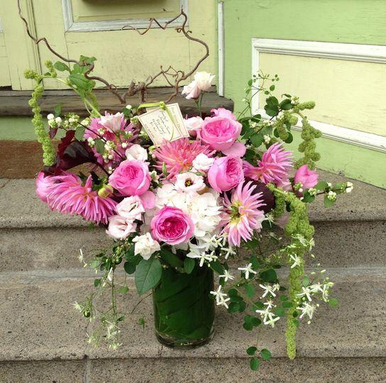 bow street flowers flowers somerville ma weddingwire. Black Bedroom Furniture Sets. Home Design Ideas