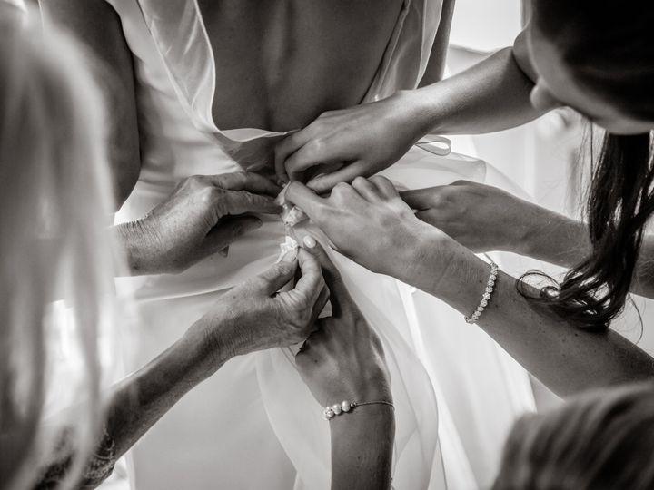 Tmx 1521817784 E016b25897a39540 1521817782 Fe18a2efcf3a31b8 1521817749408 10 Sarah John Highli Greenfield wedding photography