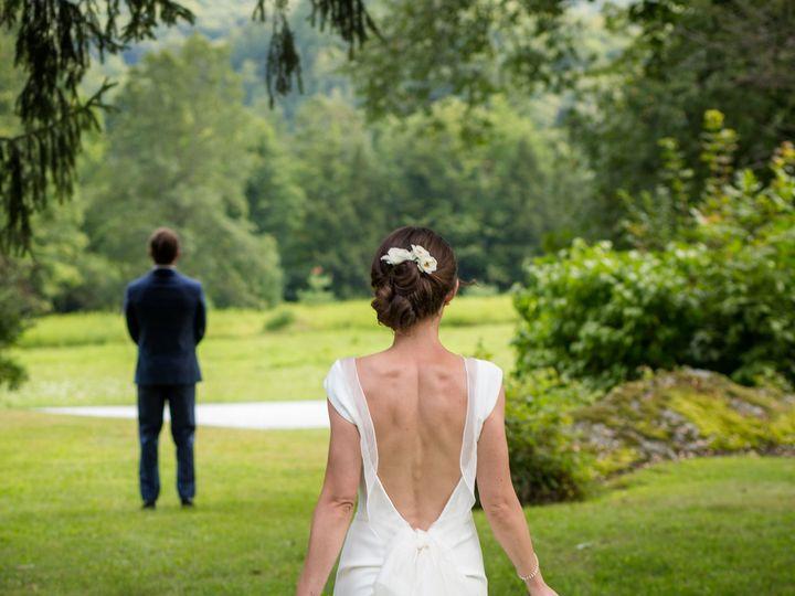 Tmx 1521817988 80c41205fa41fdb3 1521817986 Abde144c6691e7bf 1521817956595 2 Sarah John Highlig Greenfield wedding photography