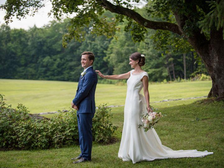 Tmx 1521817989 6e089b22fa263daf 1521817986 Fe2cc76138e93423 1521817956596 3 Sarah John Highlig Greenfield wedding photography