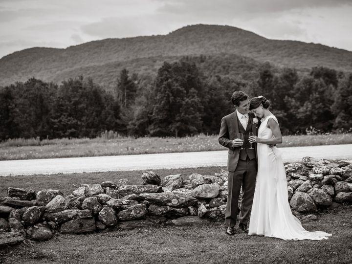 Tmx 1521819391 088f47744ff2d7ea 1521819389 D629109b0cb2335c 1521819382984 9 Sarah John Highlig Greenfield wedding photography