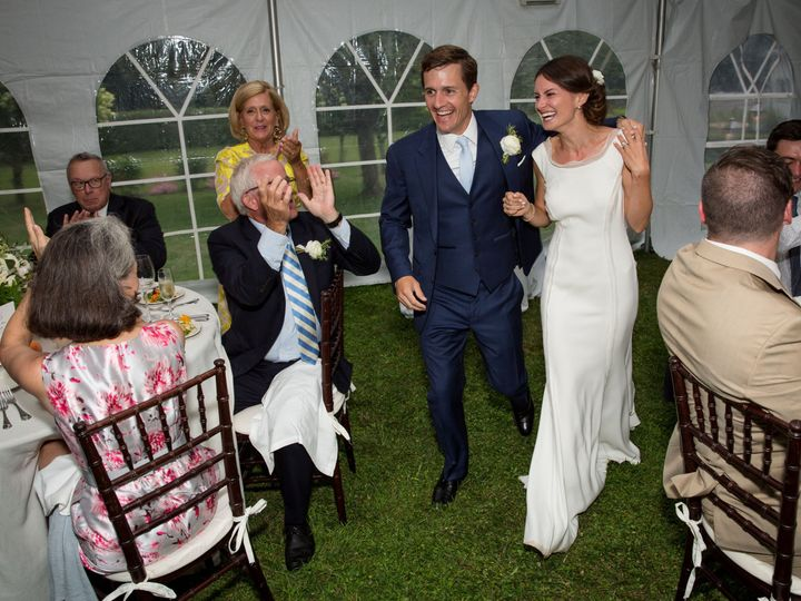 Tmx 1521819409 435cf37c3cc1e8a2 1521819407 5b76db9f4688640d 1521819382986 13 Sarah John Highli Greenfield wedding photography