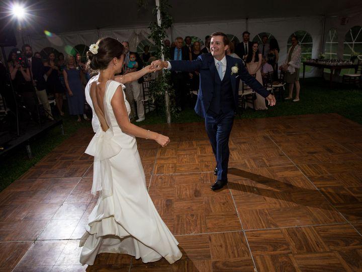 Tmx 1521819409 Eb90b0842cd24e3e 1521819407 B47f1ae36b54514d 1521819382987 14 Sarah John Highli Greenfield wedding photography