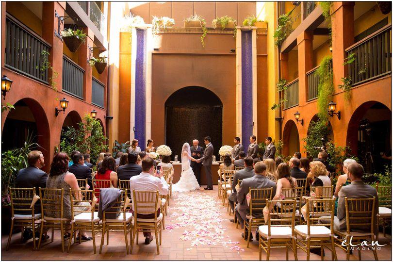 Wedding Venues Riverwalk San Antonio Tx : Hotel valencia riverwalk wedding ceremony reception