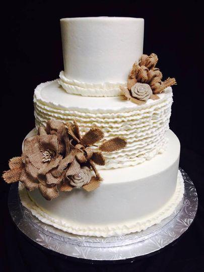 Sophisticated wedding cake