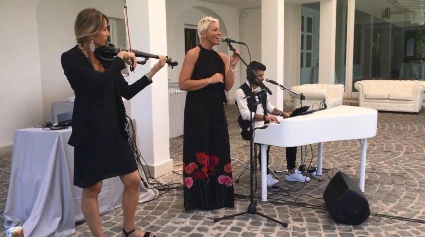 Trio Violinist, Singer e Piano