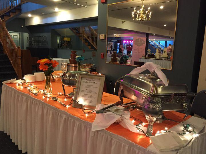 Display at the Watson Inn Bridal Show