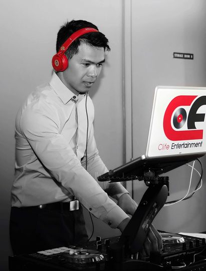 DJ Clife in action