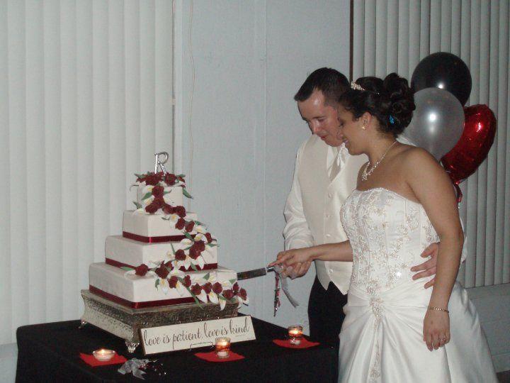 Tmx 1346370567951 2487510055777665179592761n1 Valrico wedding cake