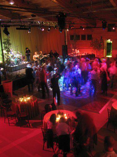 Dancefloor lighting at a Western wedding