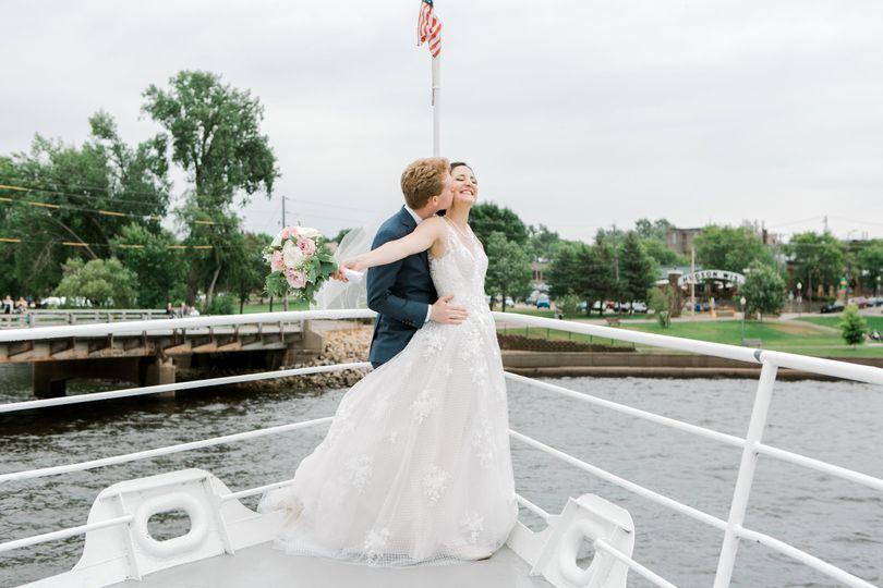 couple 2018 08 04amandaandcarsonwedding 89 51 205186
