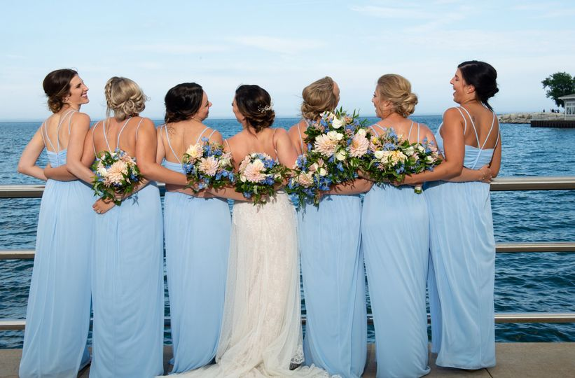 Bride & bridesmaids Milwaukee