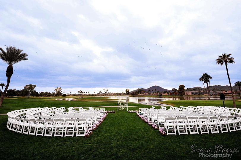 Ceremony at McCormick Ranch Golf Club - Sierra Blanco Photography