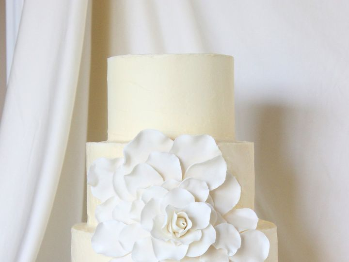 Tmx 1439743142305 Petal Cake Edit West Roxbury wedding cake
