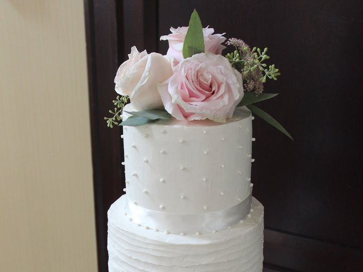 Tmx Img 6764 51 780286 West Roxbury wedding cake