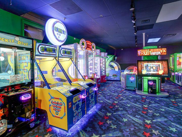 Tmx Game Room 51 21286 Hamel, MN wedding venue