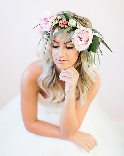 Dramatic floral crown - Blushd Beauty