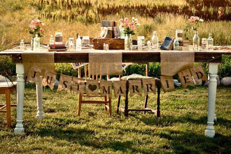 head table 1 rt