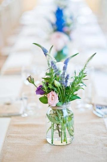 mason jars - country chic reception table