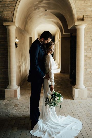 elegant romantic wedding day lindsey gomes photogr