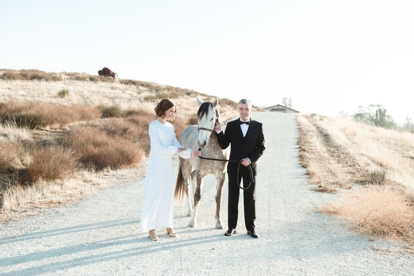 horsetail ranch wedding looking glass photography0