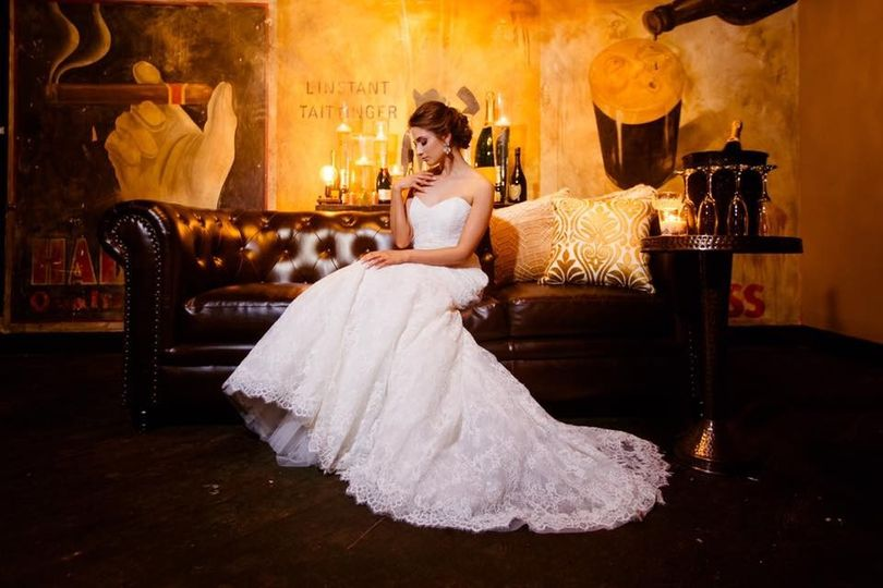 Bride posing on a couch
