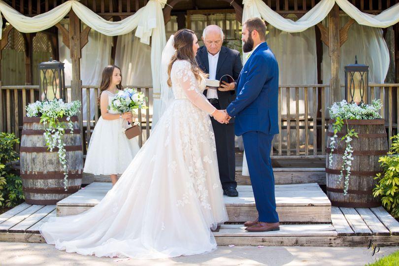 ashley dustyn wedding 10 51 996286 160675386734690