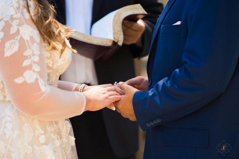 ashley dustyn wedding 15 51 996286 160675385685303