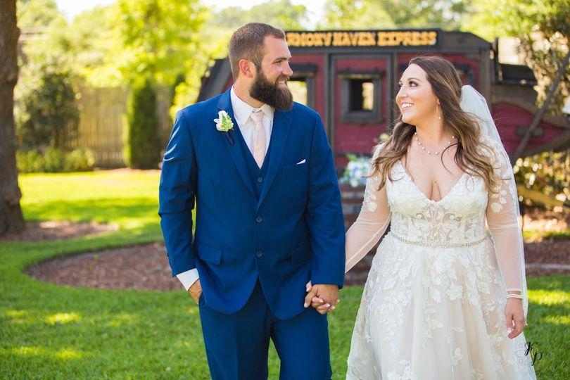 ashley dustyn wedding 22 51 996286 160675386757094