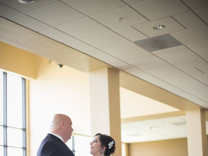 Tmx 1516136114 9e1c9a3c9da2b9a4 1516136111 573fbca19aee10cf 1516136104599 9 IMG 2 Tampa, FL wedding photography