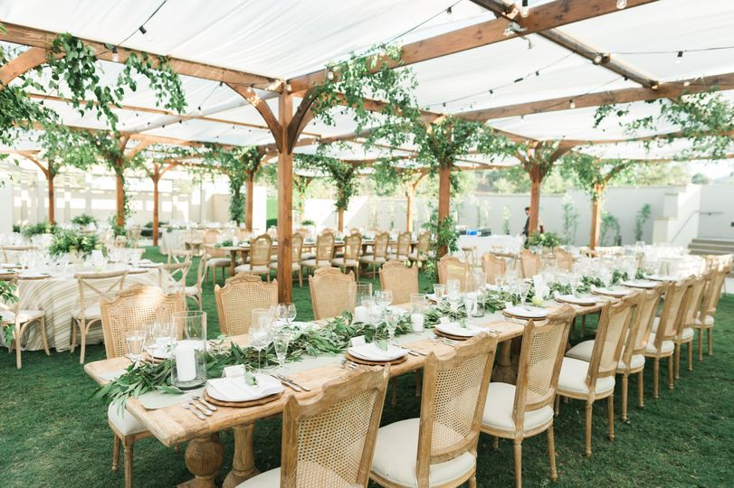 Skyline Event Lawn - canopied dining