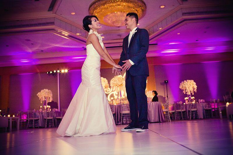 cd6b883e5fdd535c 1418235539301 san diego wedding magenta purple lighting white