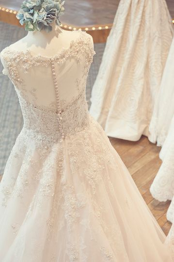 Belle Amour Bridal Dress Attire Toledo Oh Weddingwire