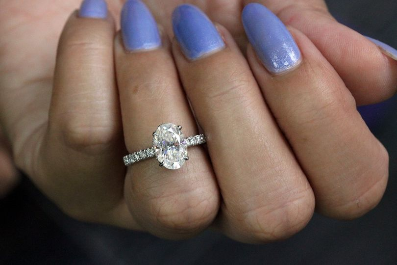 Crushed ice moissanite ring