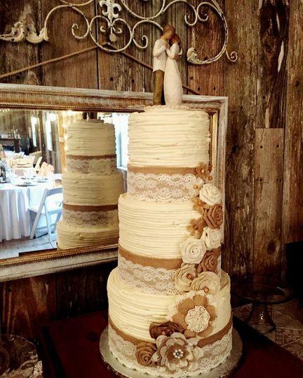 Baking Sweet Memories - Wedding Cake - Huntsville, TX - WeddingWire