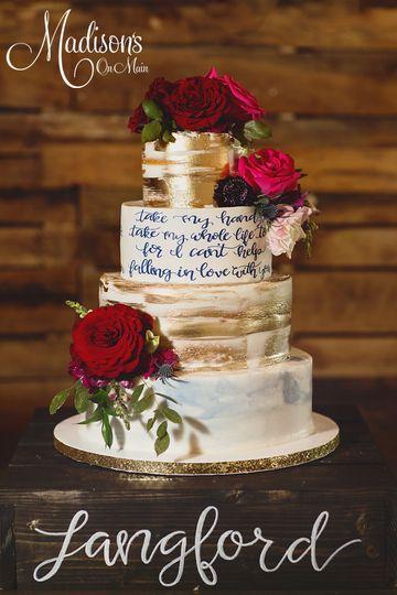 Madisons On Main Street Wedding Cake Norman Ok Weddingwire