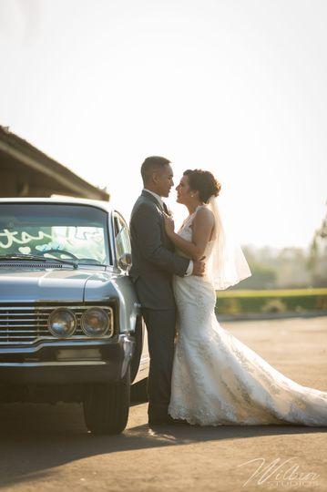 Classic car and kisses