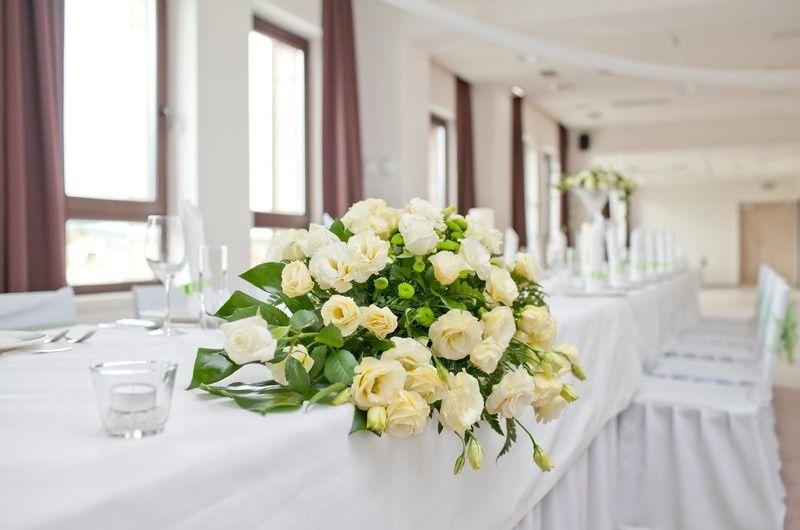Long Banquet Table Linens