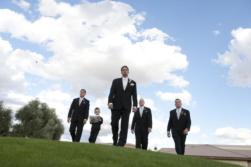 The grooms with groomsman