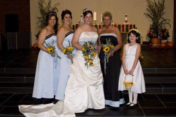 Tmx 1308623376336 224651224239684237117633233416701187867298n Montoursville wedding dress