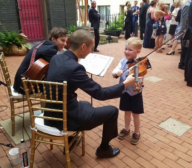 Little boy with the violin